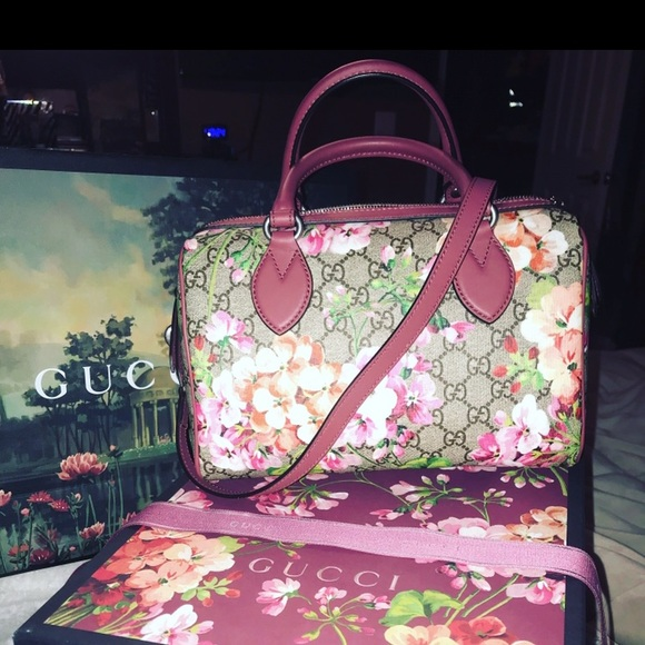 62077770993 Brand new never used Bloom small GG top handle bag